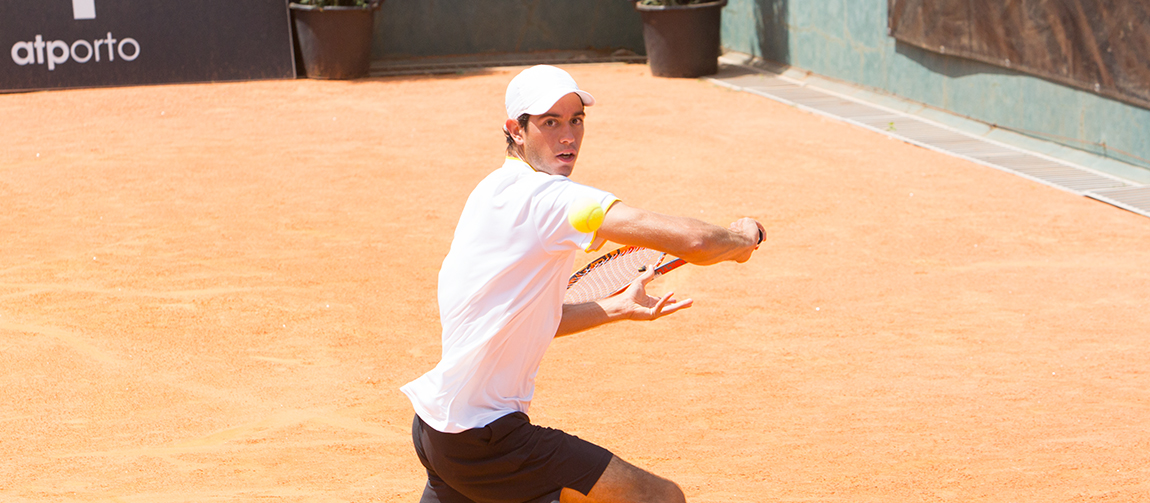 Nuno Borges é o único português nas meias-finais do Porto Open